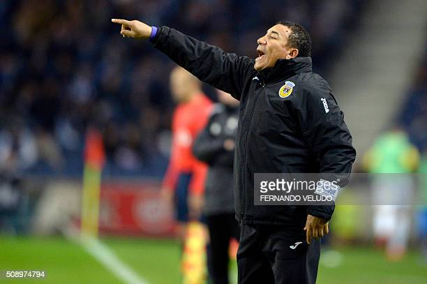 Arouca's Angolan coach Jose Lito Vidigal gestures from the sideline during the Portuguese League football match FC Porto vs FC Arouca at the Dragao...