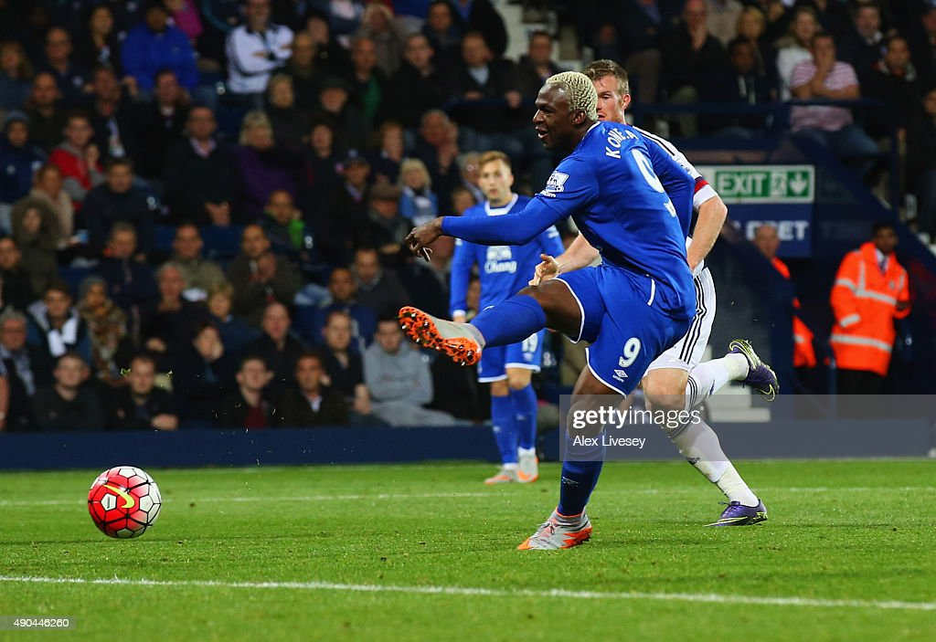 Arouna Kone of Everton scores their second and equalising goal during the Barclays Premier League match between West Bromwich Albion and Everton at The Hawthorns on September 28, 2015 in West Bromwich, United Kingdom.