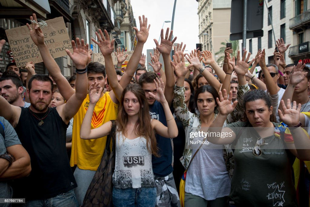 Catalonia on strike over independence poll violence : News Photo