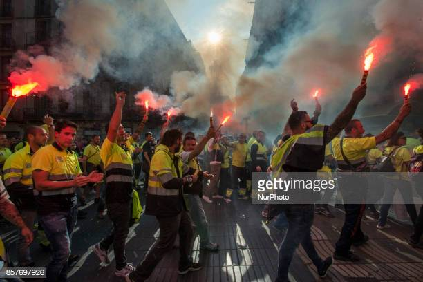Around 300 000 persons gather in the streets of Barcelona on 3 October 2017 to protest against the violence of the National Police during the...