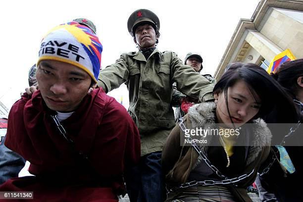 Around 500 people gathered in Trocadero to demonstrate on the occasion of the 53rd Anniversary of the Tibetan National Uprising of 1959 Protesters...