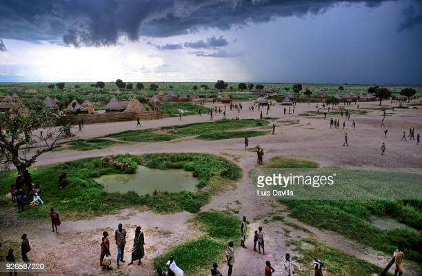 around waat village. south sudan - south sudan stock pictures, royalty-free photos & images