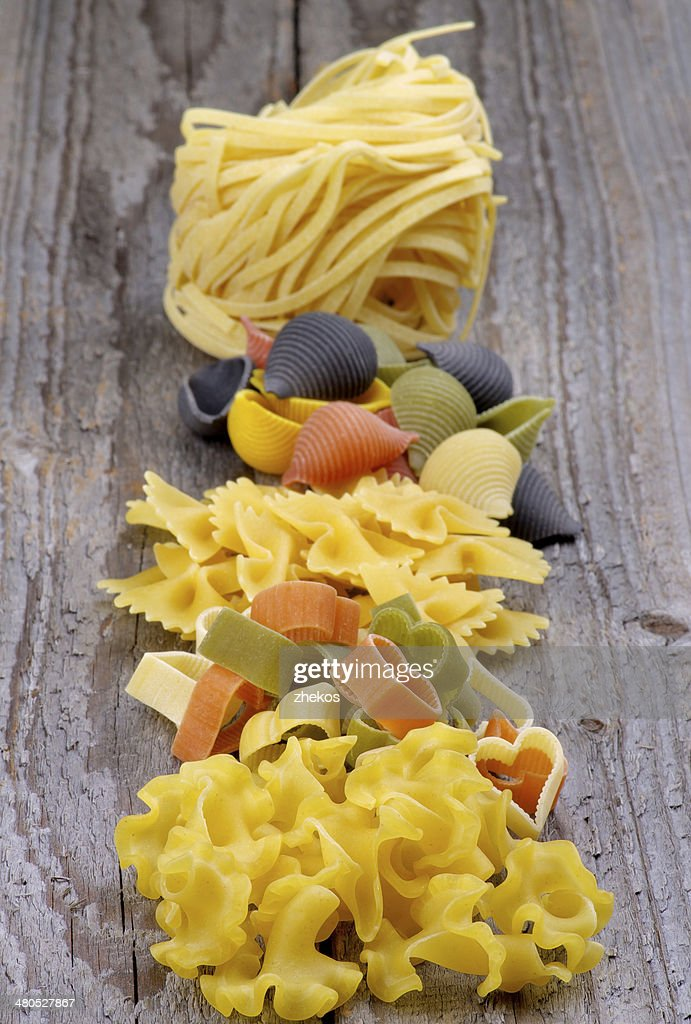 Arrangement of Dry Pasta : Stockfoto