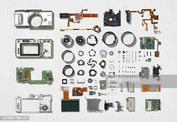 arrangement of parts that constitute digital camera - machine part stock pictures, royalty-free photos & images