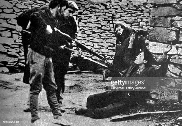 Arrest of a republican militia soldier during the Spanish Civil War.