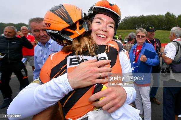 Arrival / Anna Van Der Breggen of The Netherlands and Boels Dolmans Cycling Team / Katie Hall of The United States and Boels Dolmans Cycling Team /...