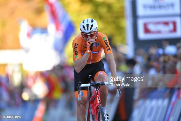 Arrival / Bauke Mollema of The Netherlands / during the Men Elite Road Race a 258,5km race from Kufstein to Innsbruck 582m at the 91st UCI Road World...