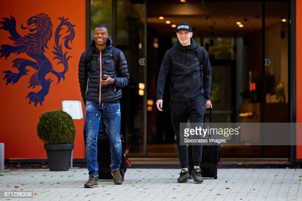 Arrival Denzel Dumfries of Holland U21 Rick van Drongelen of Holland U21 during the match between Arrival Holland U21 at the KNVB campus at the KNVB...