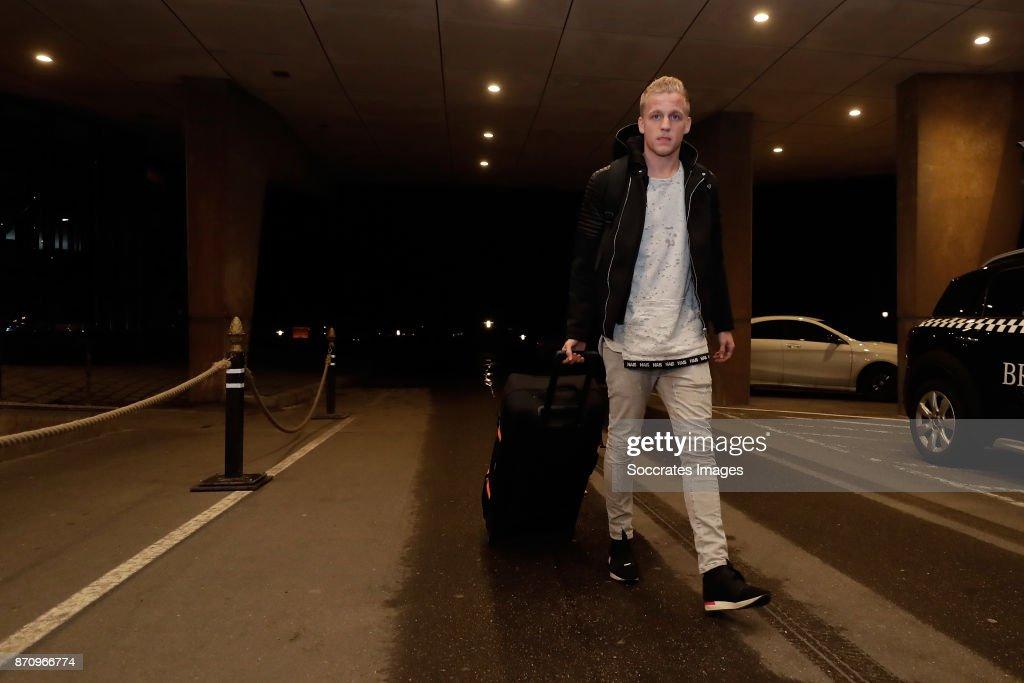 Fotos und bilder von netherlands team arrive at huis ter duin hotel