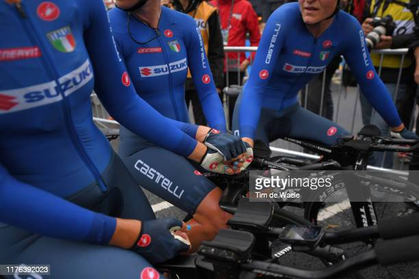 Arrival / Elena Cecchini of Italy / Tatiana Guderzo of Italy / Elisa Longo Borghini of Italy / Disappointment / Detail view / during the 92nd UCI...
