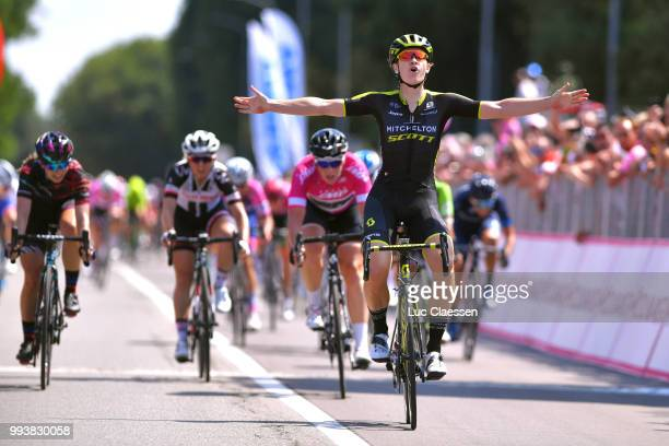 Arrival / Jolien DHoore of Belgium and Team Mitchelton-Scott / Celebration / Kirsten Wild of The Netherlands and Team Wiggle High5 Points Jersey /...