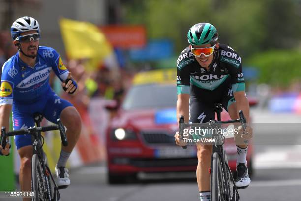 Arrival / Julian Alaphilippe of France and Team Deceuninck-QuickStep / Gregor Mühlberger of Austria and Team Bora-Hansgrohe / during the 71st...