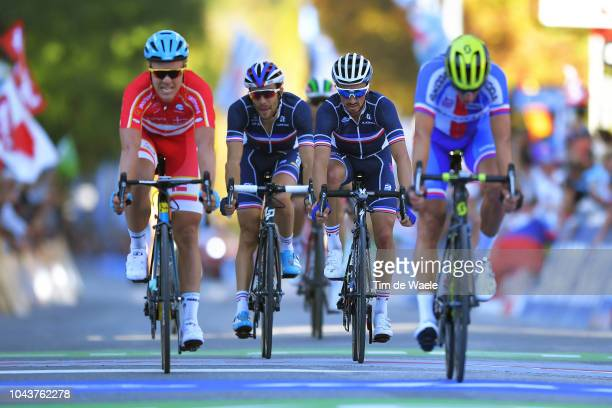 Arrival / Julian Alaphilippe of France / Thibaut Pinot of France / during the Men Elite Road Race a 258,5km race from Kufstein to Innsbruck 582m at...