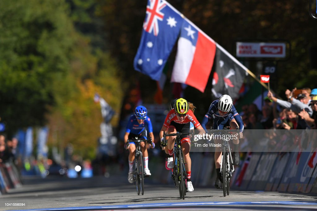 91st UCI Road World Championships 2018 - Women Juniors Road Race : News Photo
