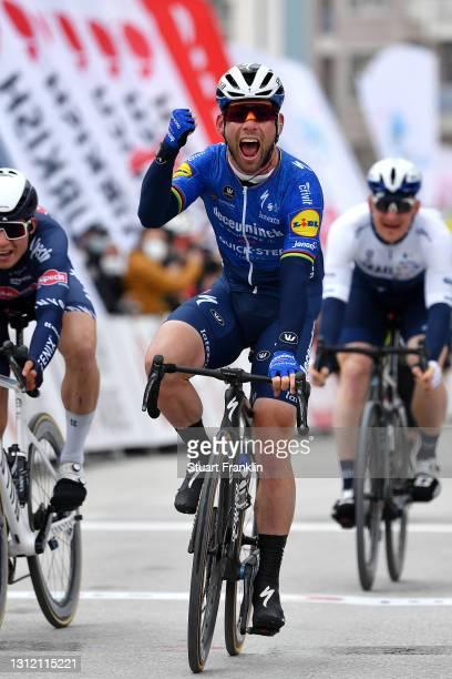 Arrival / Mark Cavendish of United Kingdom and Team Deceuninck - Quick-Step Celebration, Jasper Philipsen of Belgium and Team Alpecin-Fenix & Andre...