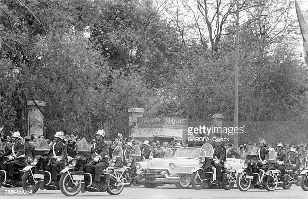 Arrival Of Archbishop Makarios In Athens Grèce Athènes 19 avril 1957 Mikhail Khristodoulou MOUSKOS archevêque et primat de l'Église orthodoxe de...