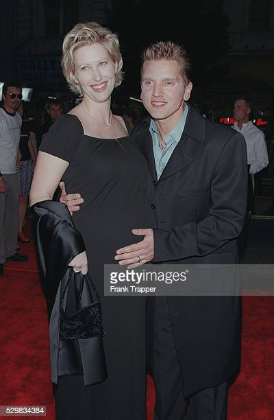 Arrival of Barry Pepper and his wife Cindy