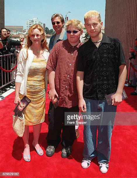Arrival of Bruce Boxleinter with his sons and his wife the actress Melissa Gilbert