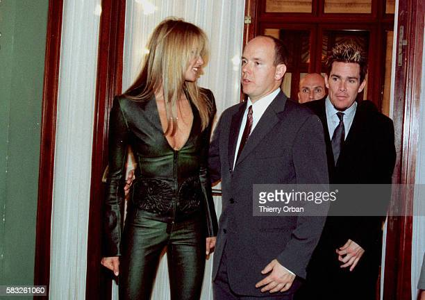 Arrival of model Elle McPherson and of Prince Albert in the 'salon Empire' at the Hotel de Paris