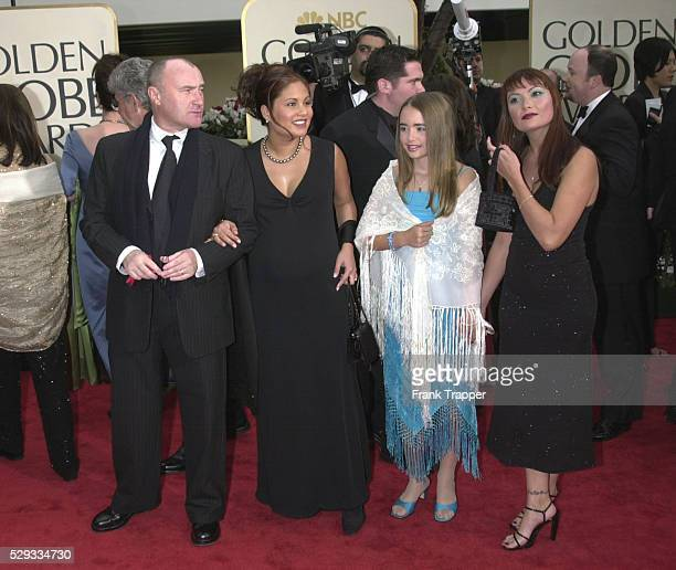 Arrival of Phil Collins with his family
