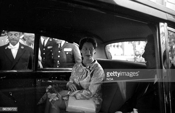 Arrival of princess Margaret of England Festival of Cannes May 1966 HA105816