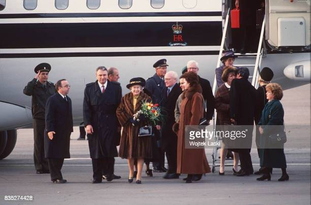 Arrival of Queen Elizabeth II in Moscow Russia on October 17 1994