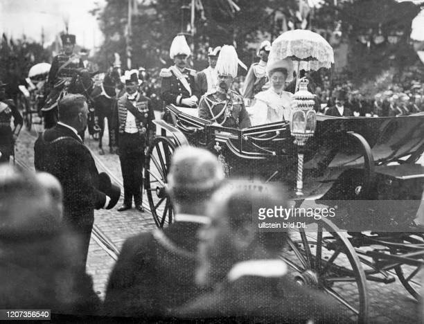 Arrival of the new regent and his wife in Braunschweig Ernest Augustus Crown Prince of Hanover with Princess Thyra of Denmark Vintage property of...