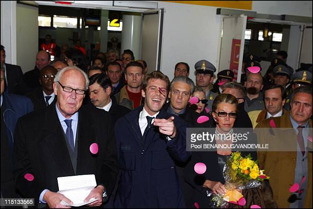 Arrival of the Savoy royal family in Naples Italy on March 15 2003 Victor Emmanuel of Savoy the son of Italy's last king returns to Italy with his...