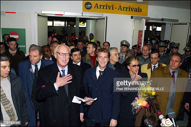 Arrival of the Savoy royal family in Naples Italy on March 15 2003 Vittorio Emanuele of Savoy the son of Italy's last king returned to Italy with his...