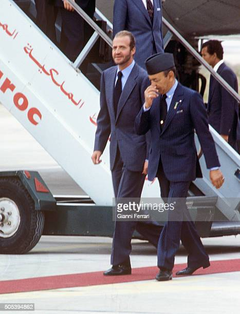 Arrival of the Spanish King Juan Carlos of Borbon to Fez accompanied by the Moroccan King Hassan II Fez Morocco