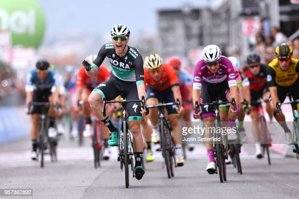 Arrival / Sam Bennett of Ireland and Team Bora-Hansgrohe / Celebration / Elia Viviani of Italy and Team Quick-Step Floors Purple Points Jersey /...