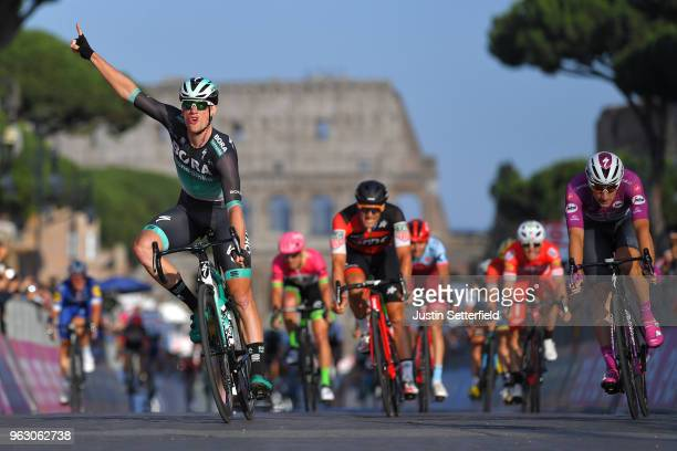 Arrival / Sam Bennett of Ireland and Team BoraHansgrohe / Celebration / Elia Viviani of Italy and Team QuickStep Floors Purple Points Jersey /...