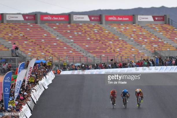 Arrival / Sprint / German Tivani of Argentina and Team A.C.A Virgen de Fatima / Daniel Diaz of Argentina and Team Municipalidad de Pocito / Daniel...