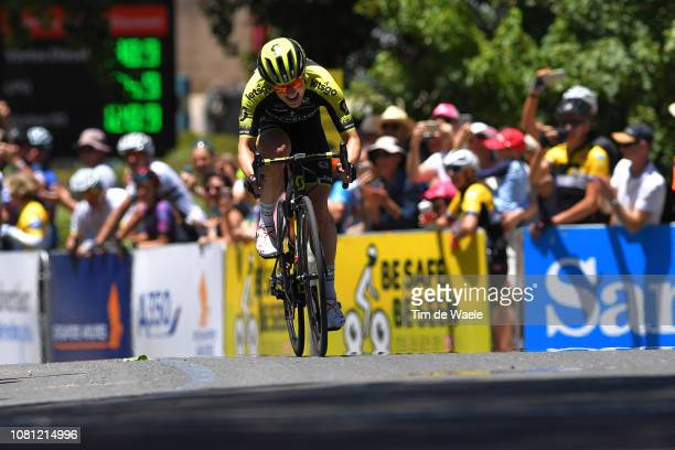 Arrival / Sprint / Gracie Brown of Australia and Team Mitchelton-Scott / during the 5th Santos Women's Tour Down Under 2019, Stage 3 a 104,5km stage...