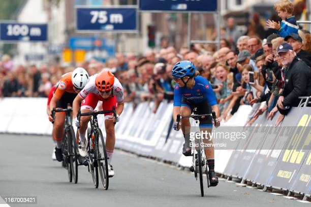 Arrival / Sprint / Letizia Paternostre of Italy / Marta Lach of Poland / Lonneke Uneken of Netherlands / during the 25th UEC Road European...