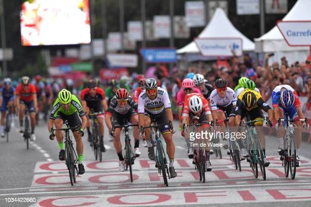 Arrival / Sprint / Peter Sagan of Slovakia and Team Bora - Hansgrohe / Giacomo Nizzolo of Italy and Team Trek Segafredo / Danny Van Poppel of The...
