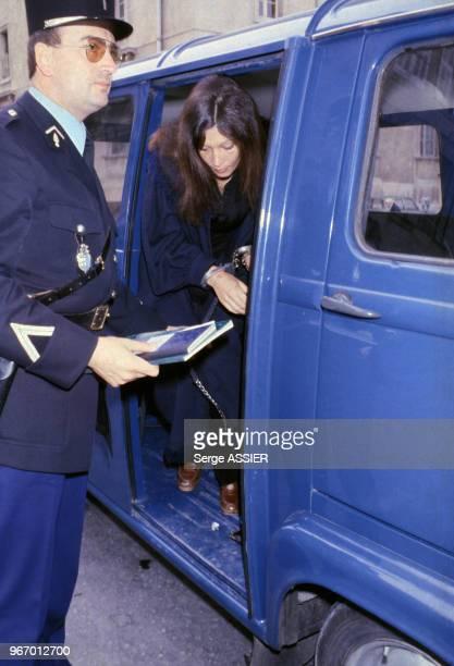 Arrivée de Christina Von Opel au Palais de justice d'AixenProvence le 28 avril 1980 France