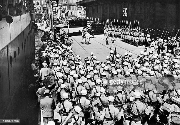 Arrivée à Marseille France d'un détachement de la Légion étrangère qui participera au défilé du 14 juillet à Paris en 1939