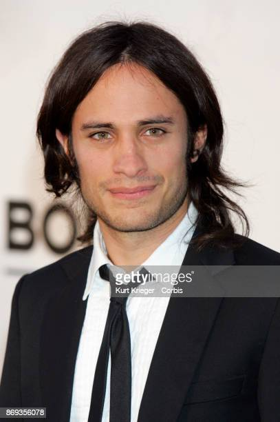 GAEL GARCIA BERNAL arrives at the 'amfAR Cinema Against AIDS' Gala held during the 59th Cannes Film Festival Cap d´Antibes France on May 25 2006