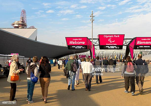 arriving at london's olympic park - olympic stadium london stock pictures, royalty-free photos & images