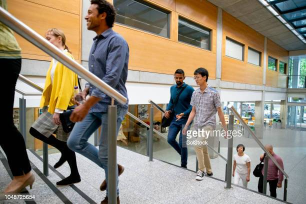 arriving at university - building entrance stock pictures, royalty-free photos & images