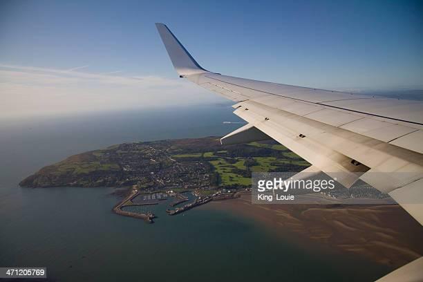 der ankunft in dublin - dublin irland stock-fotos und bilder