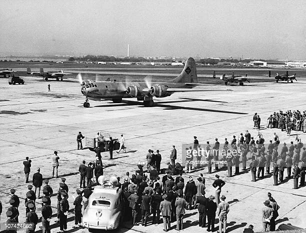 Arriving Of The B 29 Superfortress Called The Pacausan Dreamboat At Bolling Field At Washington Dc In Usa On October 18Th 1946