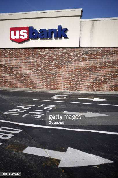 Signage is displayed at a US Bancorp branch in Louisville Kentucky US on Thursday July 12 2018 US Bancorp is scheduled to release earnings figures on...