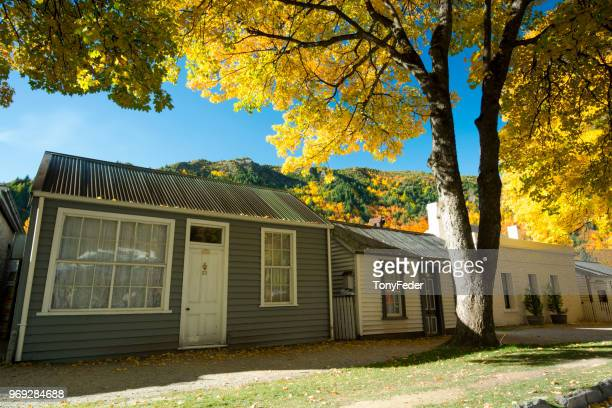 arrowtown, new zealand - arrowtown stock pictures, royalty-free photos & images