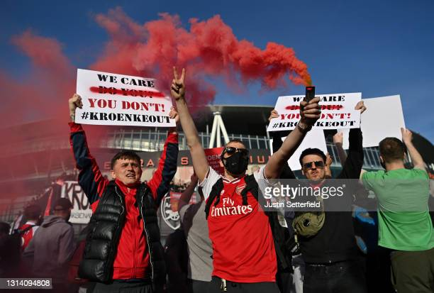 Arsenal fans protest against the European Super League and Owner Stan Kroenke outside the stadium prior to the Premier League match between Arsenal...