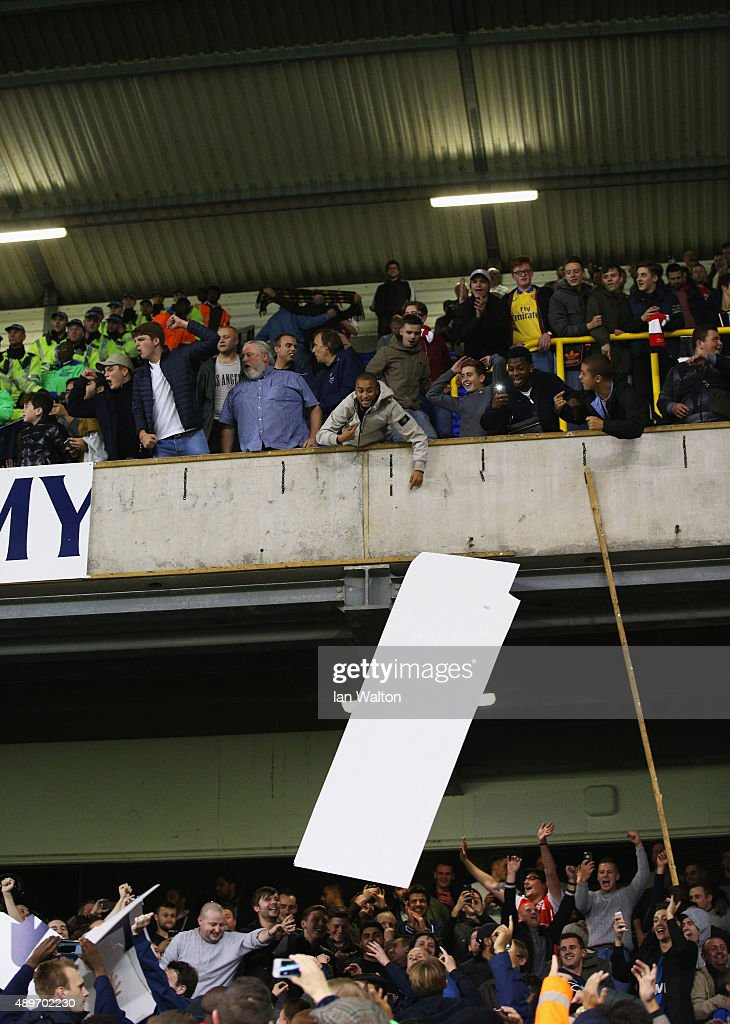 Tottenham Hotspur v Arsenal - Capital One Cup Third Round : News Photo