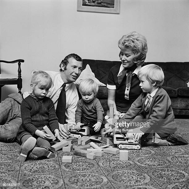 Arsenal goalkeeper Bob Wilson at home with his wife Megs and their children Anne Robert and John UK 28th November 1970 John went on to become a...