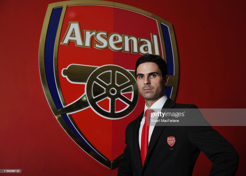 New Arsenal New Head Coach Mikel Arteta Visits the Emirates Stadium : ニュース写真
