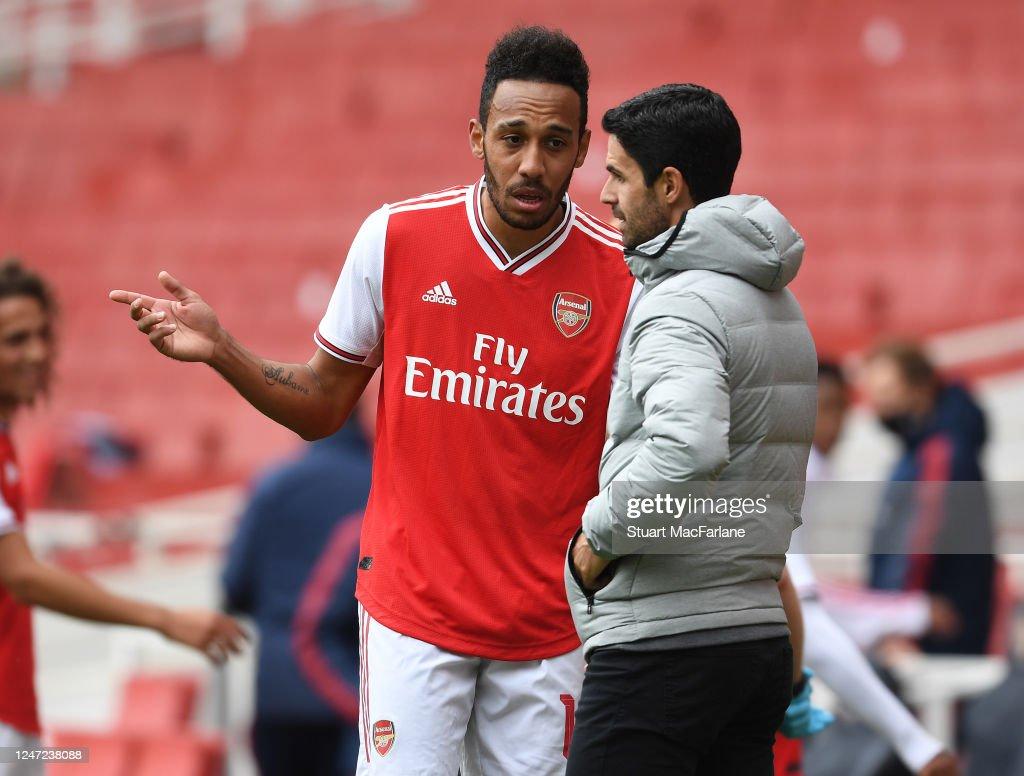 Arsenal v Charlton Athletic: Friendly : News Photo